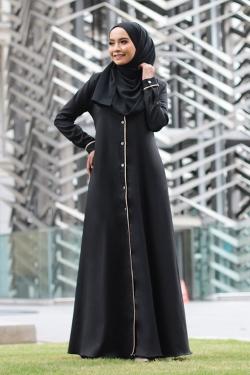 Aisleey Jubah - Black