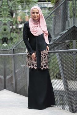 Anella Lace Kebaya - Black