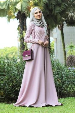 Azzka Camellia - Blush Pink