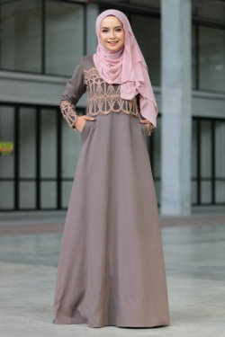 Anella Lace Jubah - Gauntlet Gray
