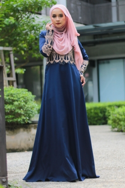 Anella Lace Jubah - Navy Blue