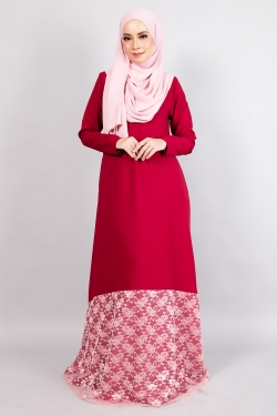 ANNIQA LACE JUBAH - BERRY