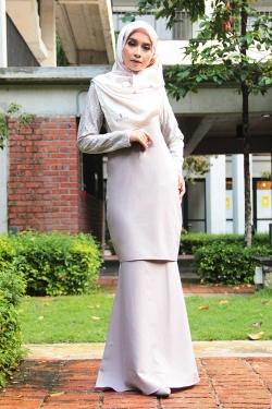 Arianna Al-Madinna Kurung - Smoke Gray
